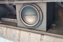 Bluetooth Amp & woofer all to be hidden